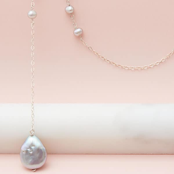 grey pearl lariat in silver